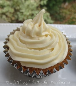 Ginger Carrot Cupcakes with Ginger Cream Cheese Frosting | © Life Through the Kitchen Window.com